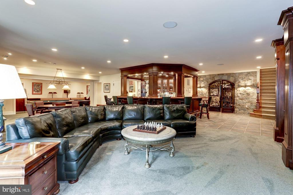 Recreation Room - 8317 WOODLEA MILL RD, MCLEAN
