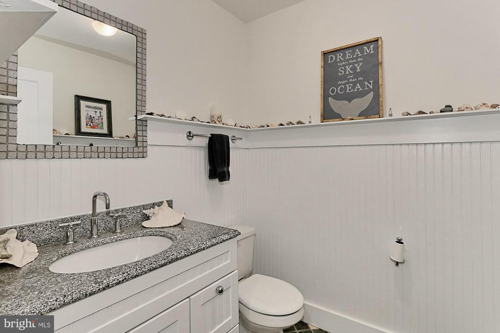 Powder Room/Half Bath - 7730 VIRGINIA LN, FALLS CHURCH