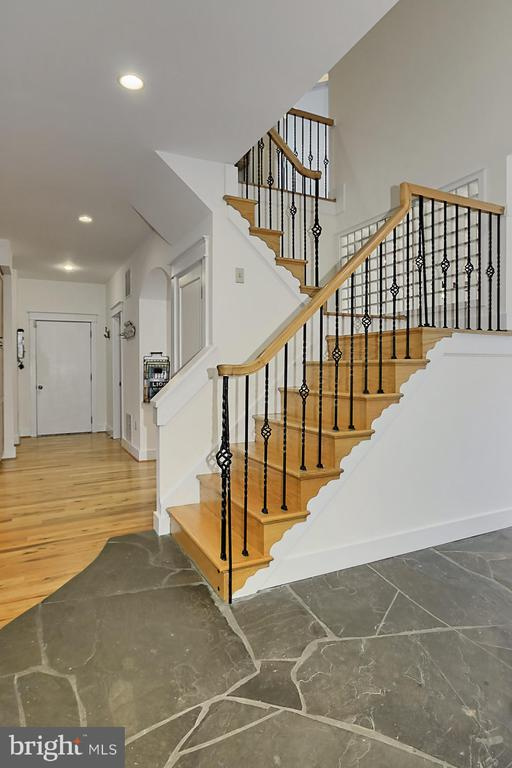 Stairs to 2nd Level - 7730 VIRGINIA LN, FALLS CHURCH