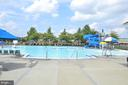 Community outdoor swimming pools - 43114 WATERCREST SQ #205, CHANTILLY