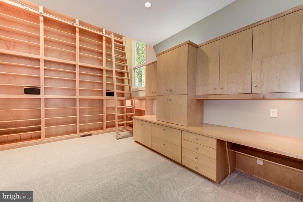 Main Level - Library - 11677 DANVILLE DR, ROCKVILLE