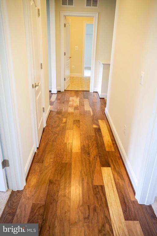 Hardwood Floors - 126 PENNS CHARTER LN, STAFFORD