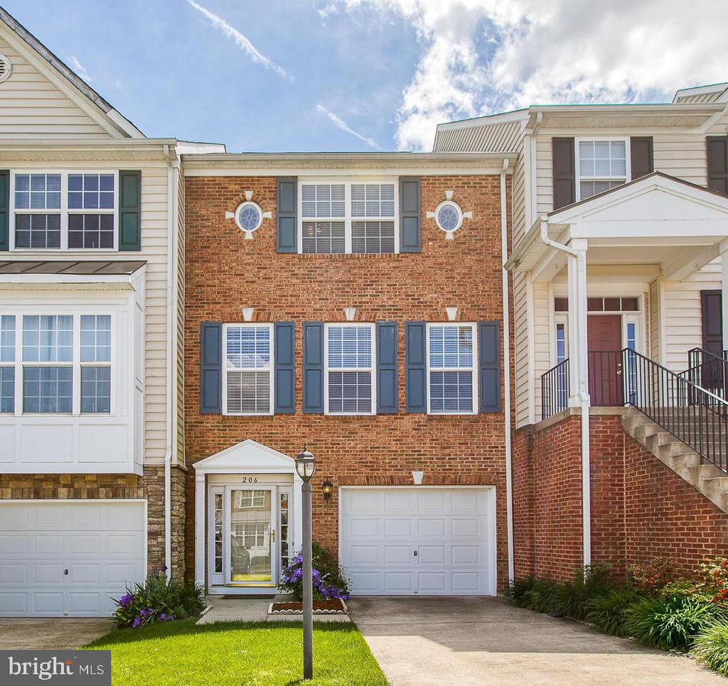 ~ WELCOME to 206 BREAKERS EDGE ~ - 206 BREAKERS EDGE CT, STAFFORD
