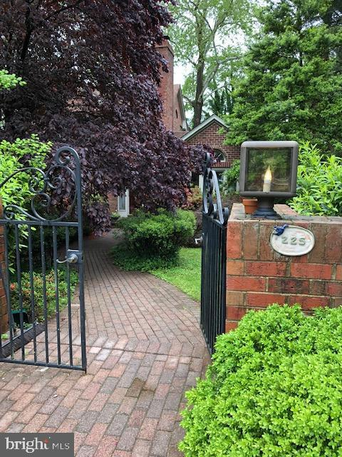 225  WINCHESTER STREET, Warrenton, Virginia