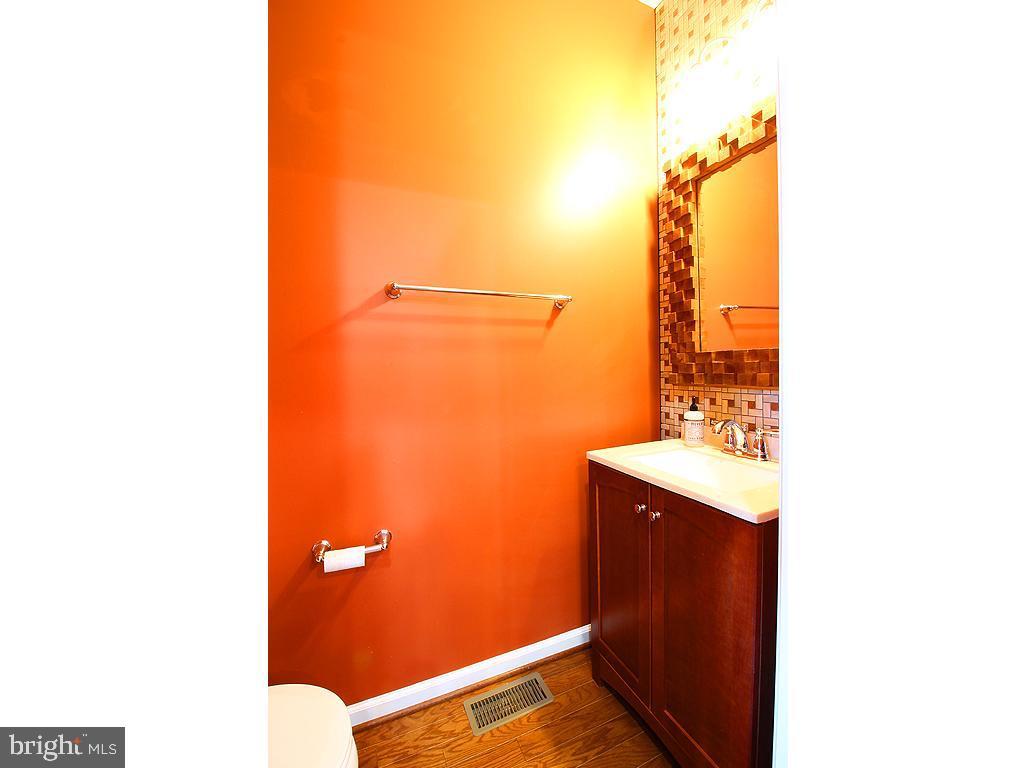 Half Bath - 9030 PHITA LN, MANASSAS PARK