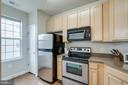 Even more light in the kitchen - 42421 ROCKROSE SQ #202, BRAMBLETON