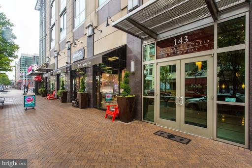 143 WATERFRONT ST #204