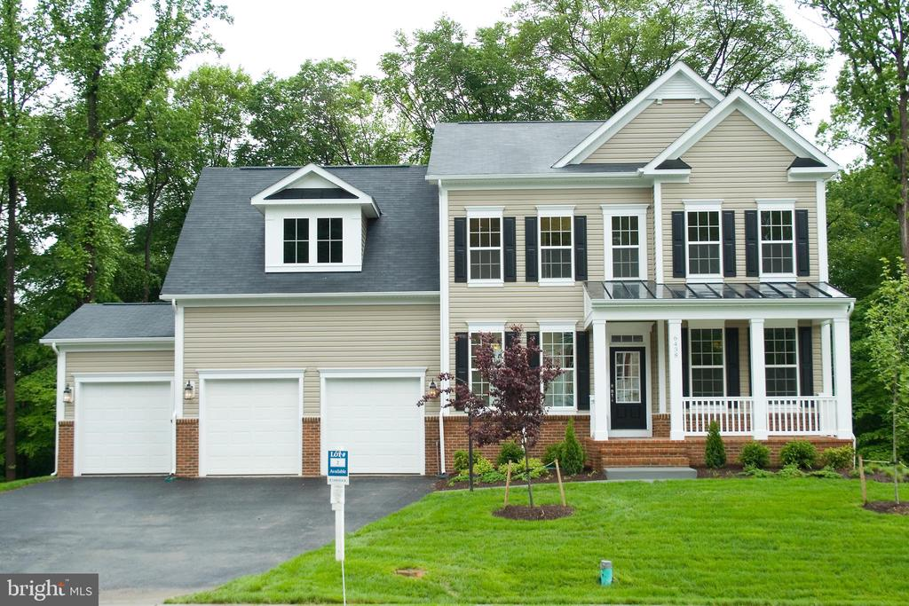 Welcome home to 6438 Dresden Place! - 6438 DRESDEN PL, FREDERICK