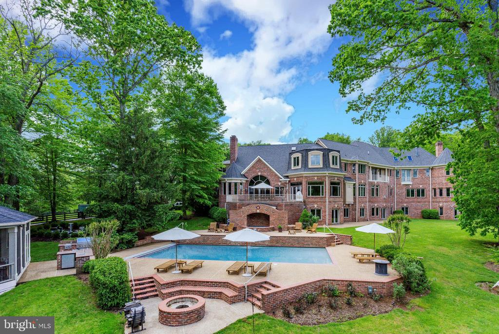 Grand Manor Estate - 9179 OLD DOMINION, MCLEAN