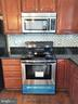 New Stove & Microwave - 433 ANDROMEDA TER NE, LEESBURG