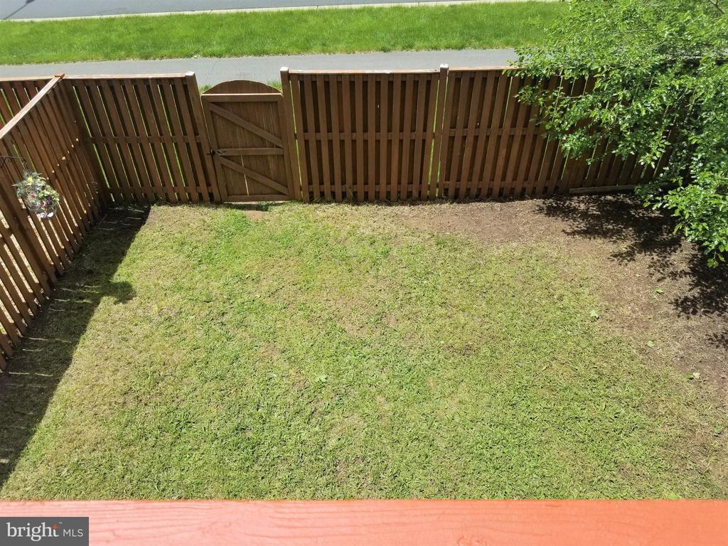 Backyard  5 - 433 ANDROMEDA TER NE, LEESBURG