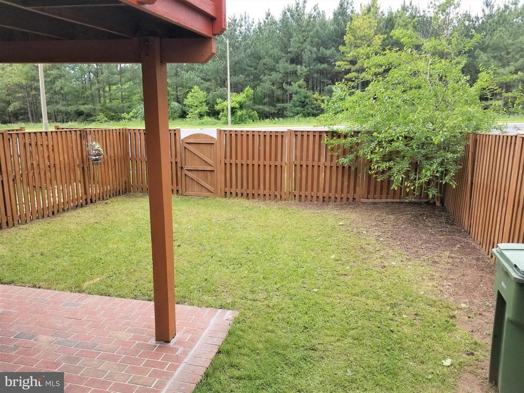 Backyard  3 - 433 ANDROMEDA TER NE, LEESBURG