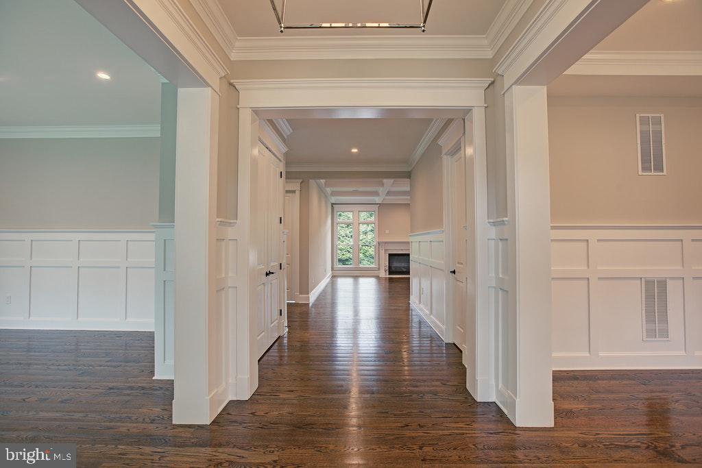 Foyer - 1922 BYRD RD, VIENNA