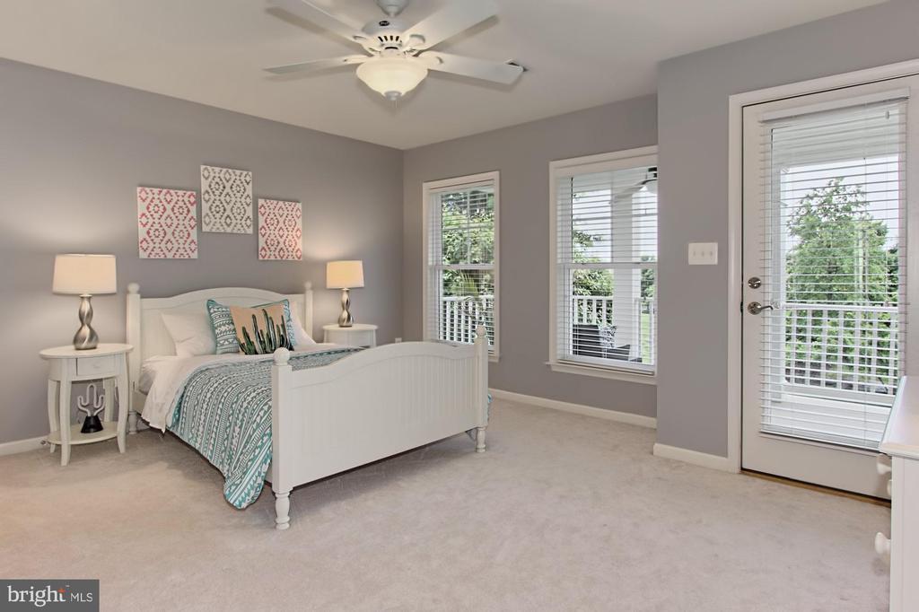 Bedroom #2 w/ PRIVATE  En-Suite Bath + Upper Porch - 42690 EXPLORER DR, BRAMBLETON
