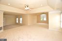 Master Bedroom with sitting area - 8913 GRIST MILL WOODS CT, ALEXANDRIA