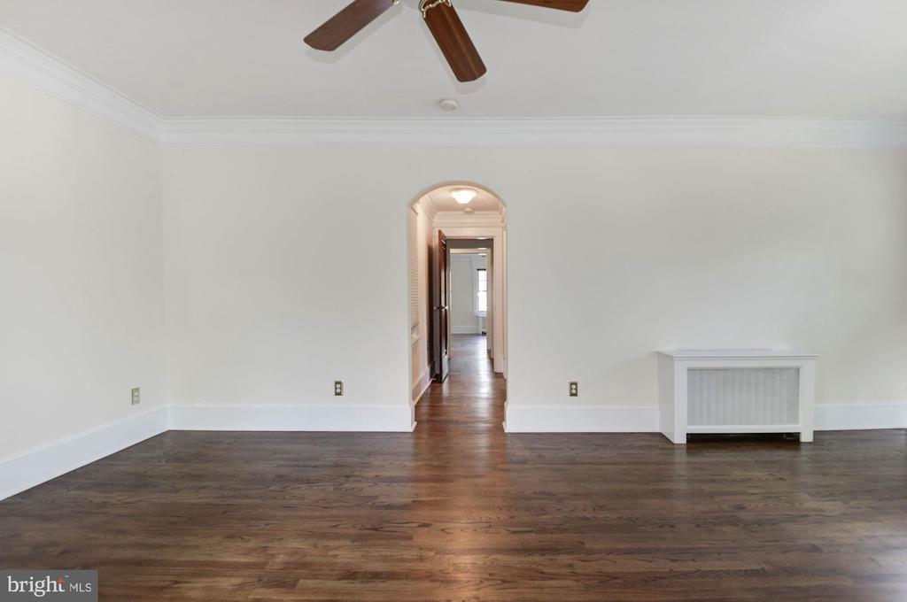 Master bedroom - 2820 FRANKLIN RD, ARLINGTON
