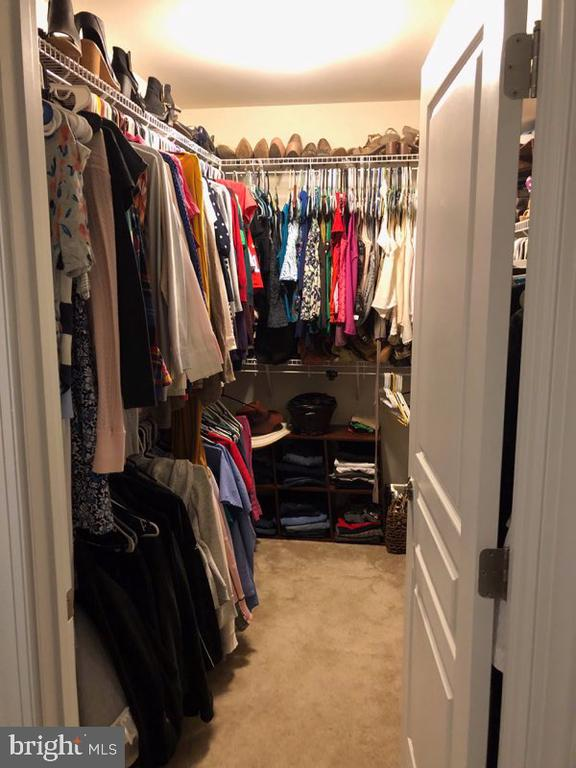 1st walk in closet in master bedroom - 1703 GRANVILLE CT, WOODBRIDGE