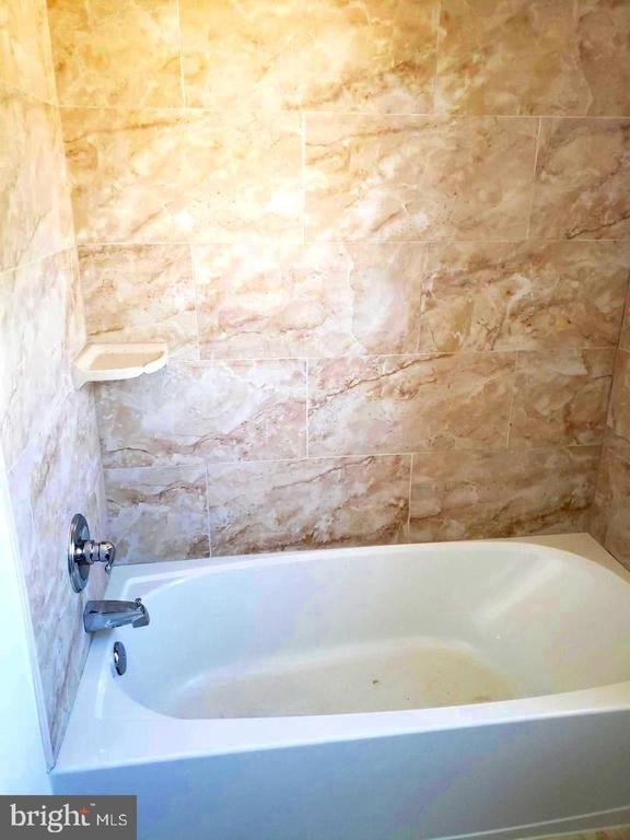 Bathroom second floor - 4014 71ST AVE, HYATTSVILLE
