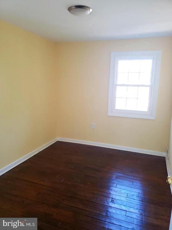 Bedroom 1 - 4014 71ST AVE, HYATTSVILLE