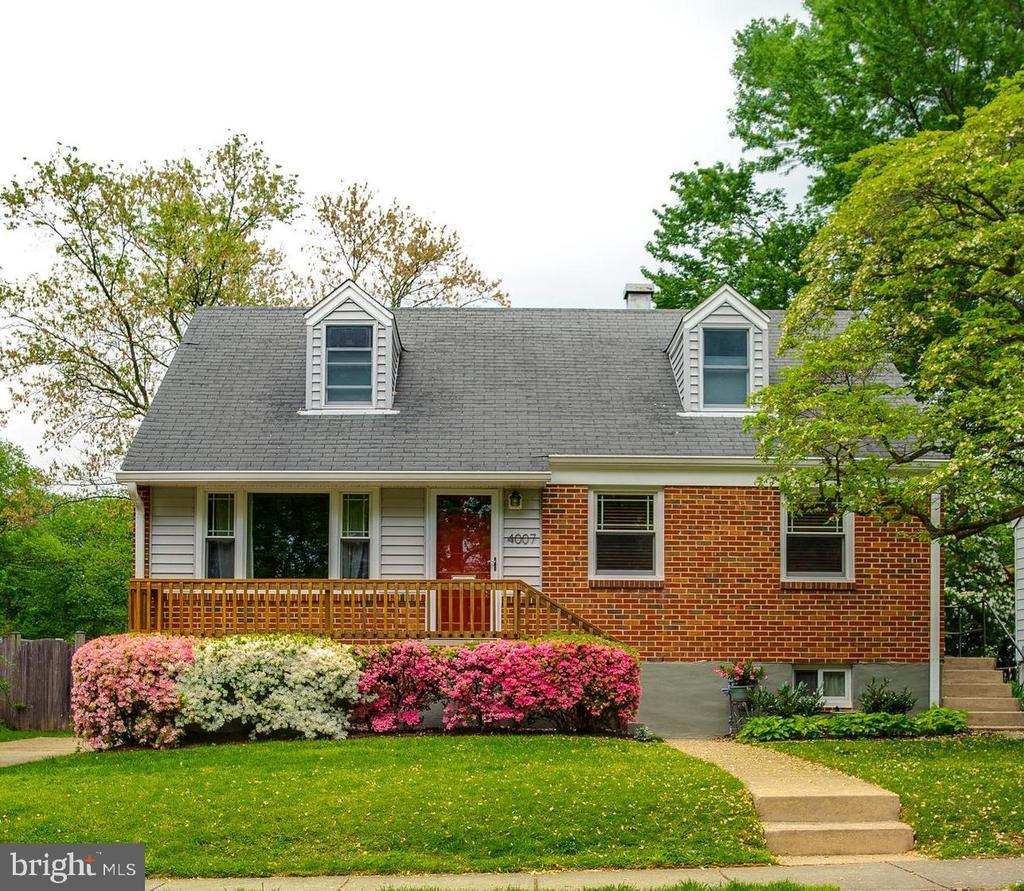 Welome Home! - 4007 SPRUELL DR, KENSINGTON