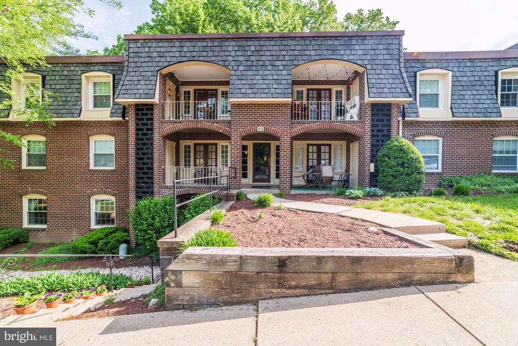 5905  NOBLESTOWN ROAD  I, West Springfield, Virginia