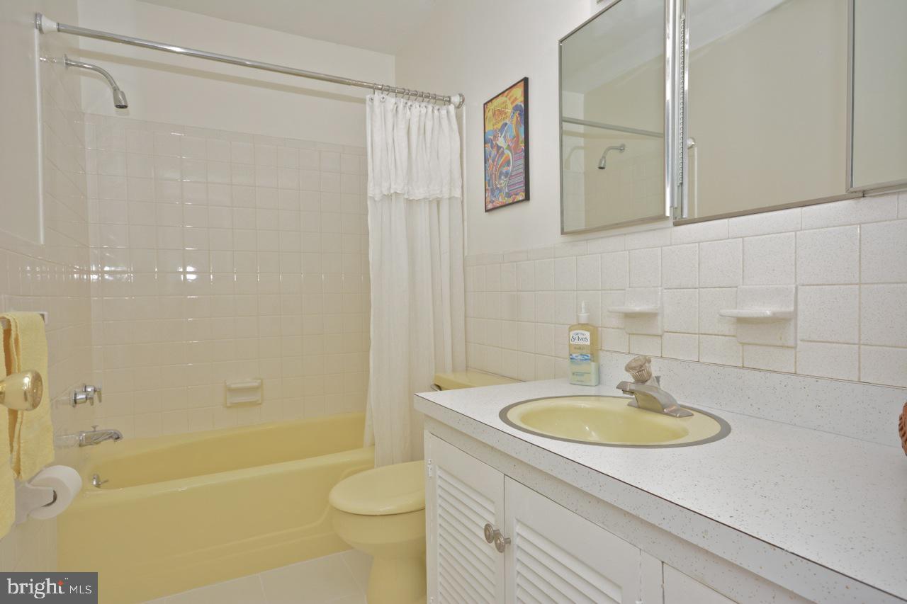 Full bath on first floor-serves as powder room.
