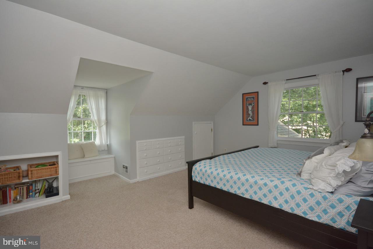 Master bedroom up.