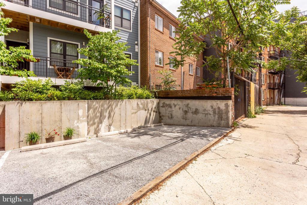 Separately deeded parking space (P-4) - 4326 GEORGIA AVE NW #402, WASHINGTON