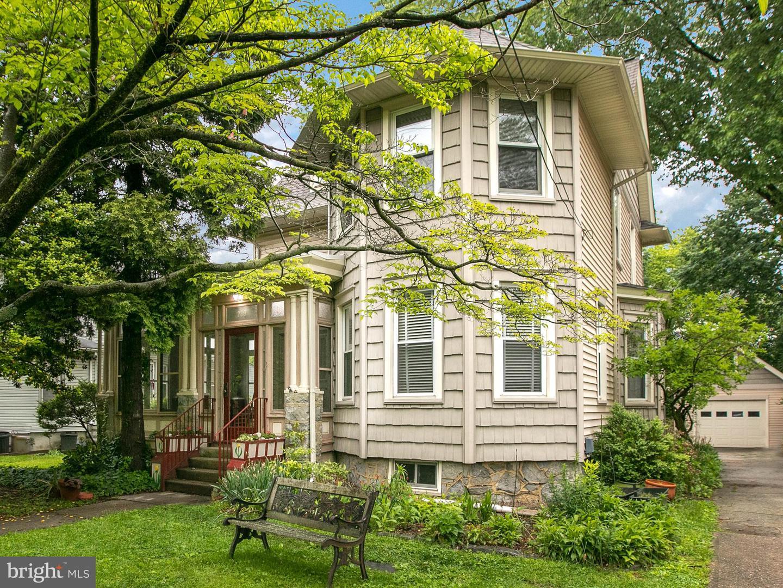Single Family Homes للـ Sale في Audubon, New Jersey 08106 United States