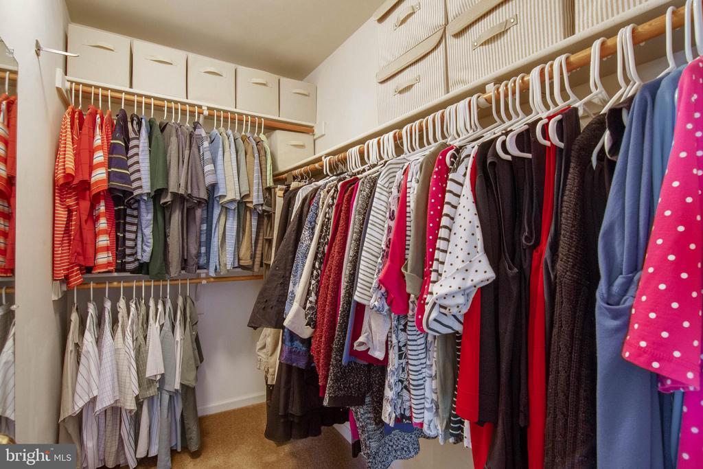 Master Walk-in Closet - 15612 NEATH DR, WOODBRIDGE