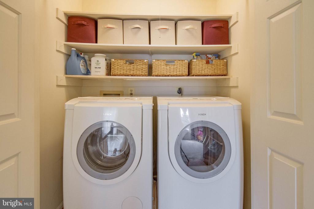 Laundry - 15612 NEATH DR, WOODBRIDGE