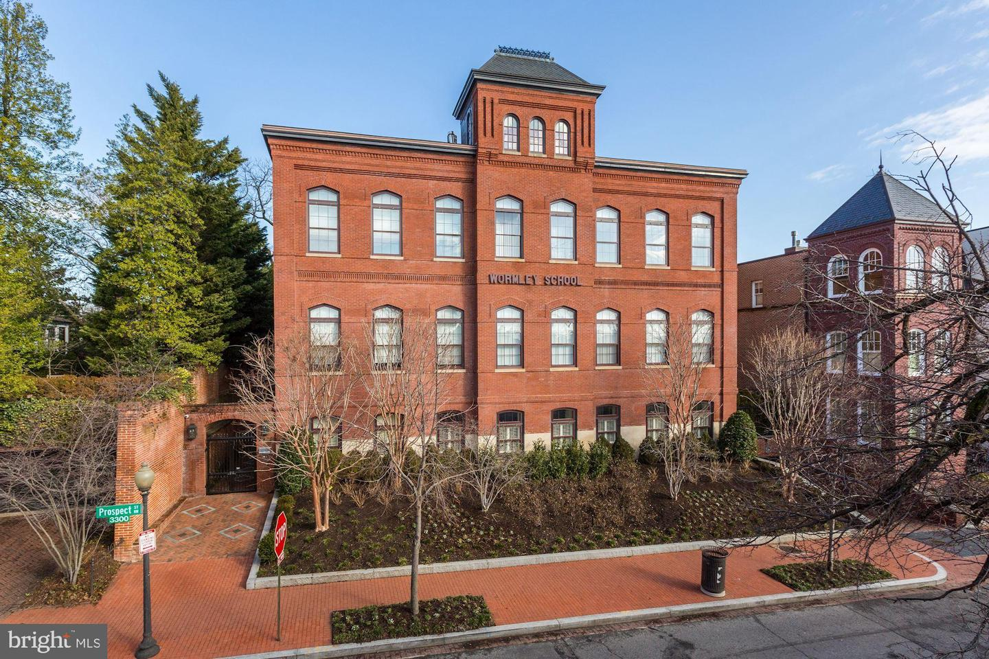 Single Family for Sale at 3329 Prospect St NW #6 3329 Prospect St NW #6 Washington, District Of Columbia 20007 United States