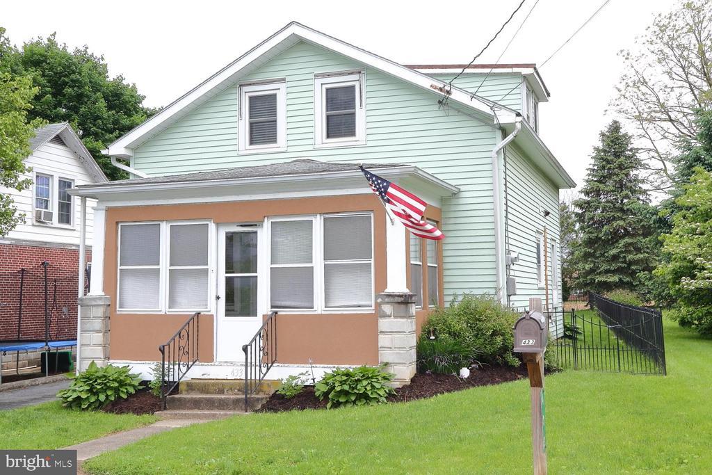 433  ELWYN TERRACE, Manheim in LANCASTER County, PA 17545 Home for Sale