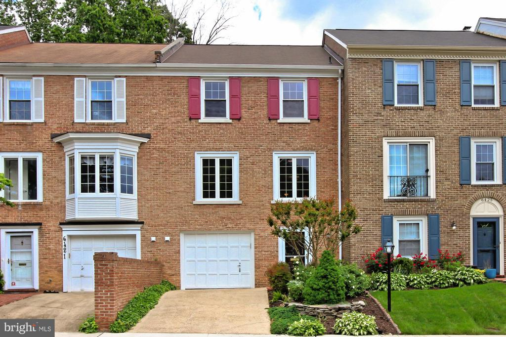 6423  WAINFLEET COURT, Springfield, Virginia