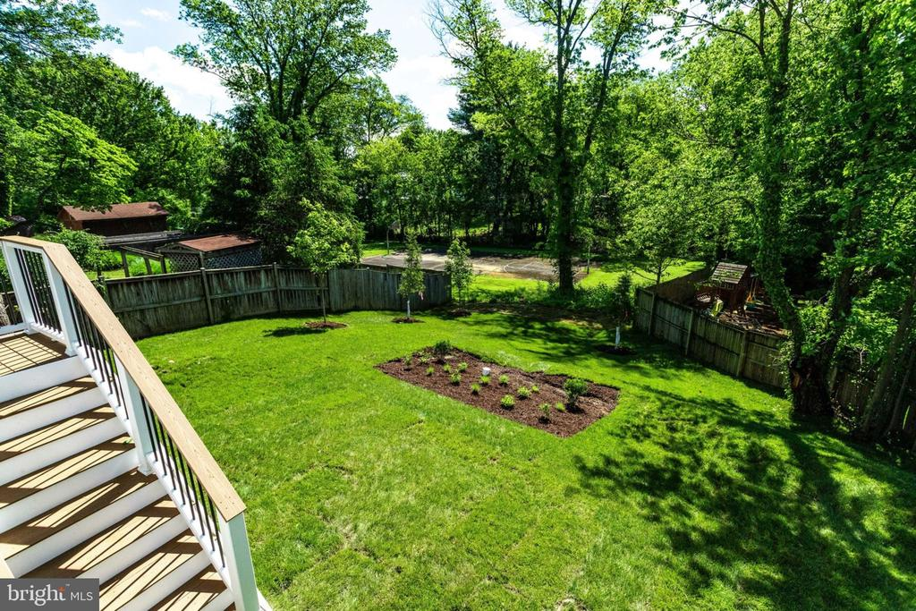 Deck over looking backyard and basket ball court. - 2043 ARCH DR, FALLS CHURCH