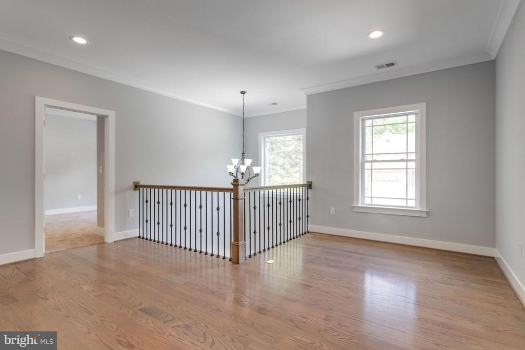 Upper floor /home work place /play area - 2043 ARCH DR, FALLS CHURCH