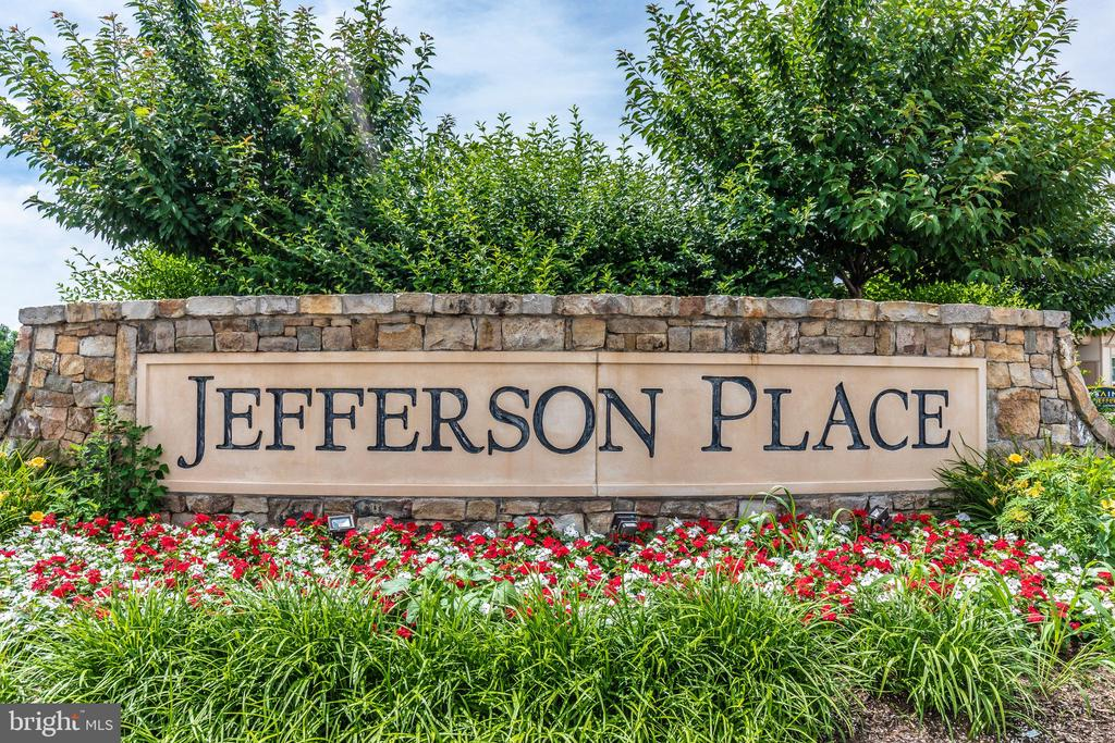 JEFFERSON PLACE COMMUNITY - 6175 MARGARITA WAY, FREDERICK