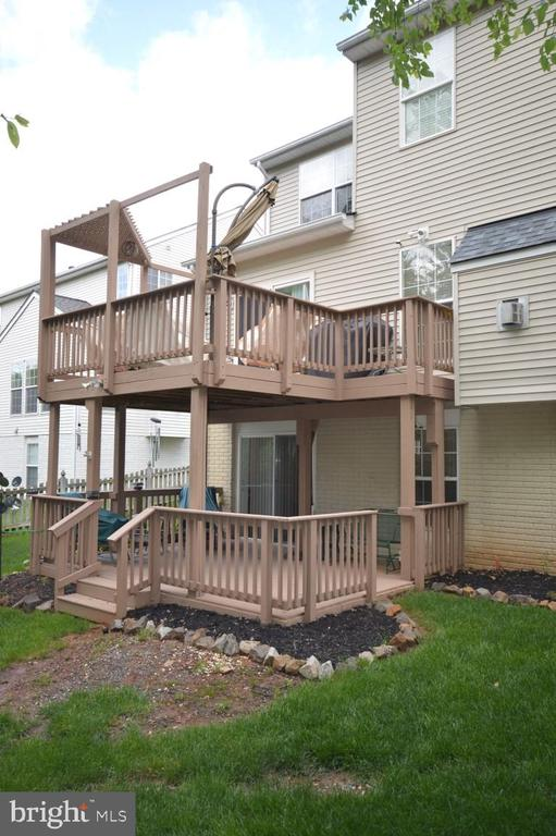 Upper & Lower Decks Side View - 15537 ALLAIRE DR, GAINESVILLE