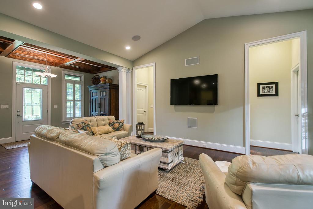 Family Room - 1249 POPLAR RD, STAFFORD