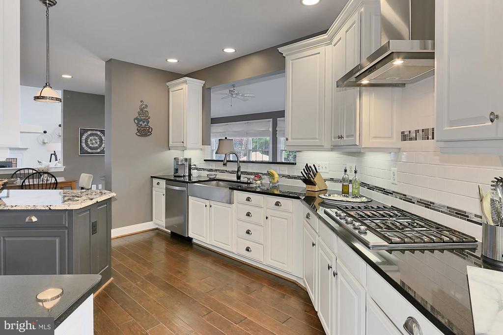 Kitchen - 43409 BLANTYRE CT, ASHBURN