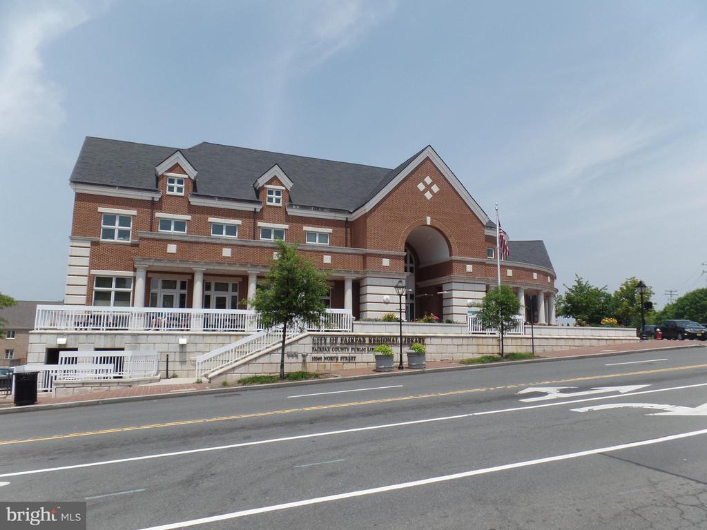 City of Fairfax - Regional Library - 10115 RATCLIFFE MANOR DR, FAIRFAX