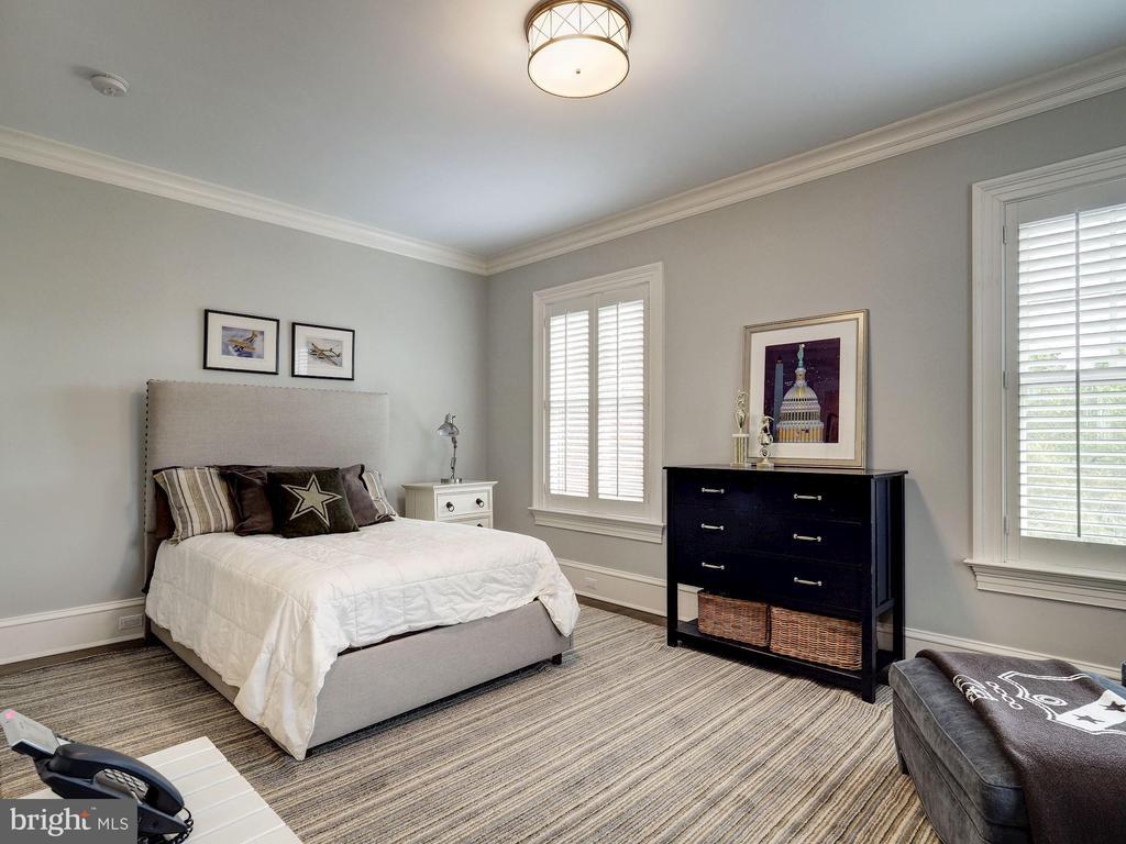 Second Upper Level - Bedroom #2 - 2344 MASSACHUSETTS AVE NW, WASHINGTON
