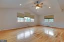 Spacious Family Room with Cathedral Ceilings - 628 3RD ST, HERNDON