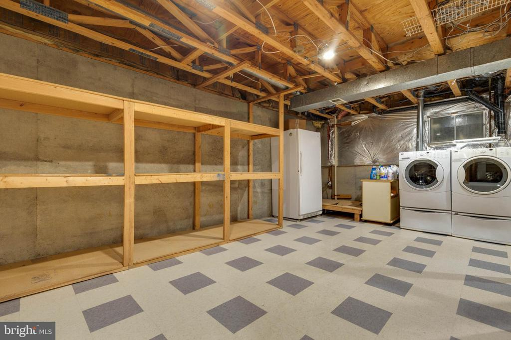 Large Basement Storage Space - 628 3RD ST, HERNDON