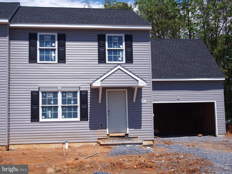 Single Family Homes للـ Sale في Rheems, Pennsylvania 17570 United States