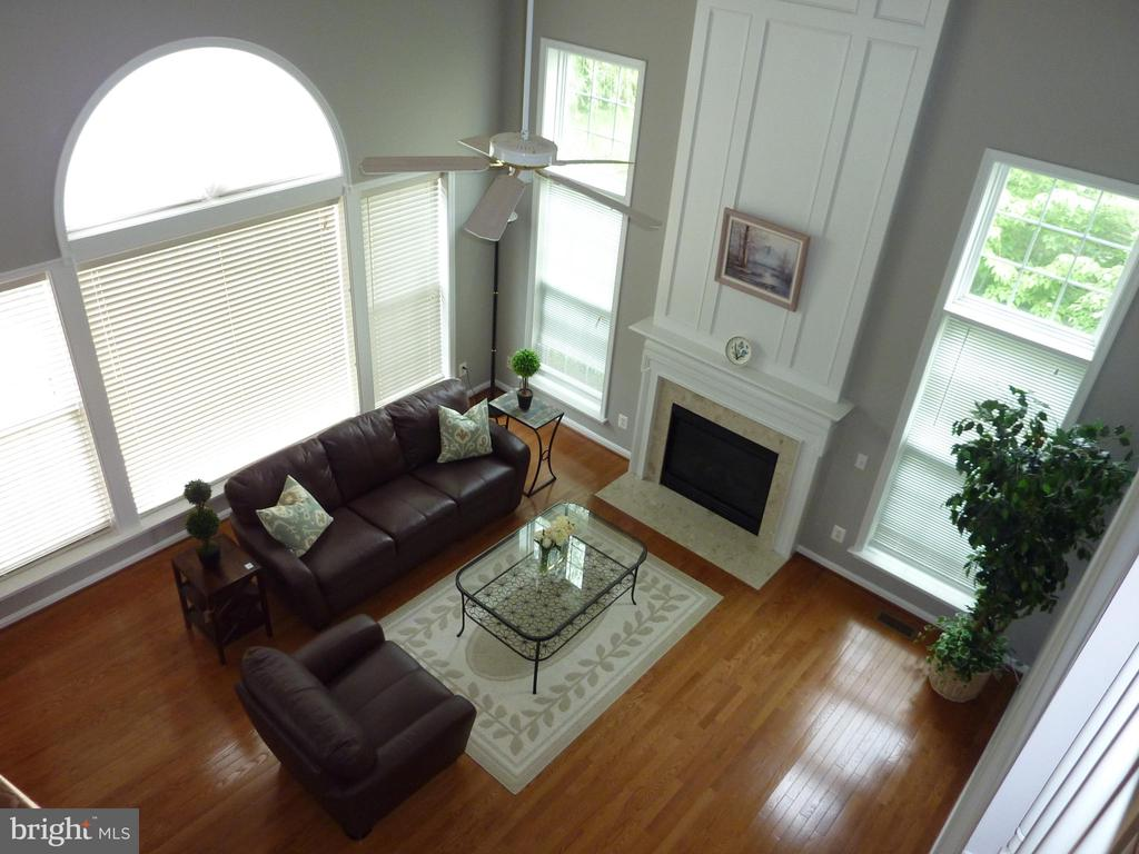 Top View of the Family Room - 5322 SAMMIE KAY LN, CENTREVILLE