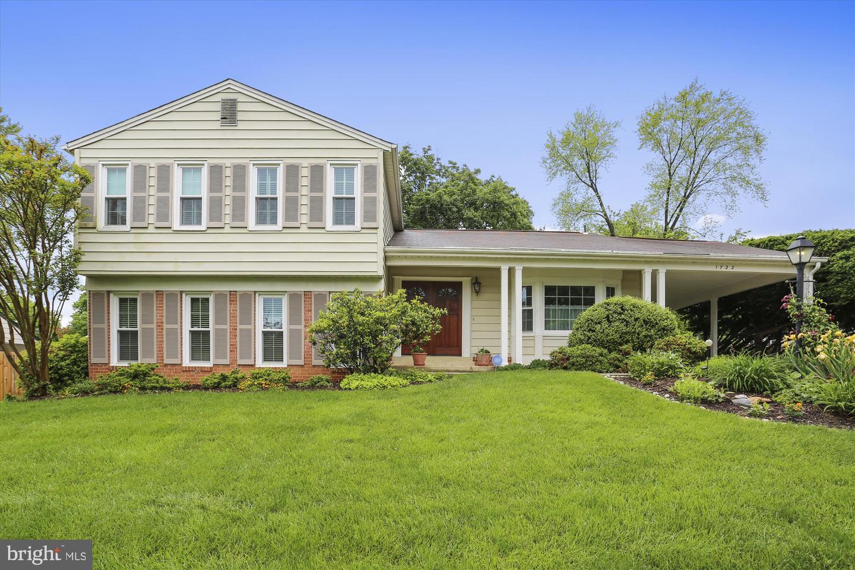 Single Family for Sale at 1722 Yale Pl 1722 Yale Pl Rockville, Maryland 20850 United States