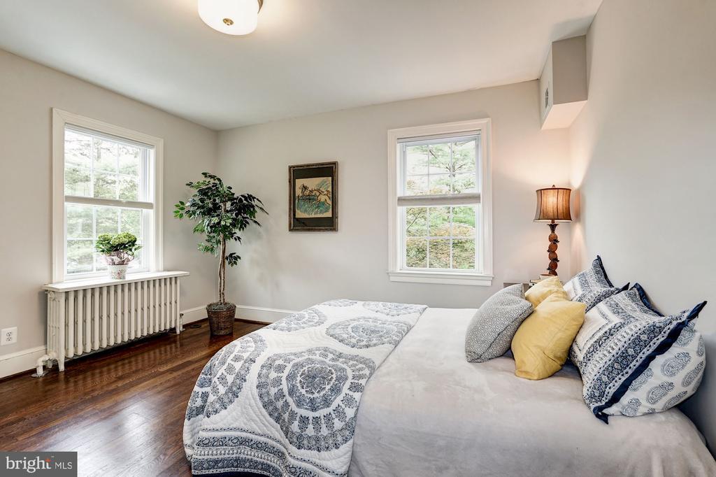 Main Level - Bedroom - 1929 N QUINCY ST, ARLINGTON