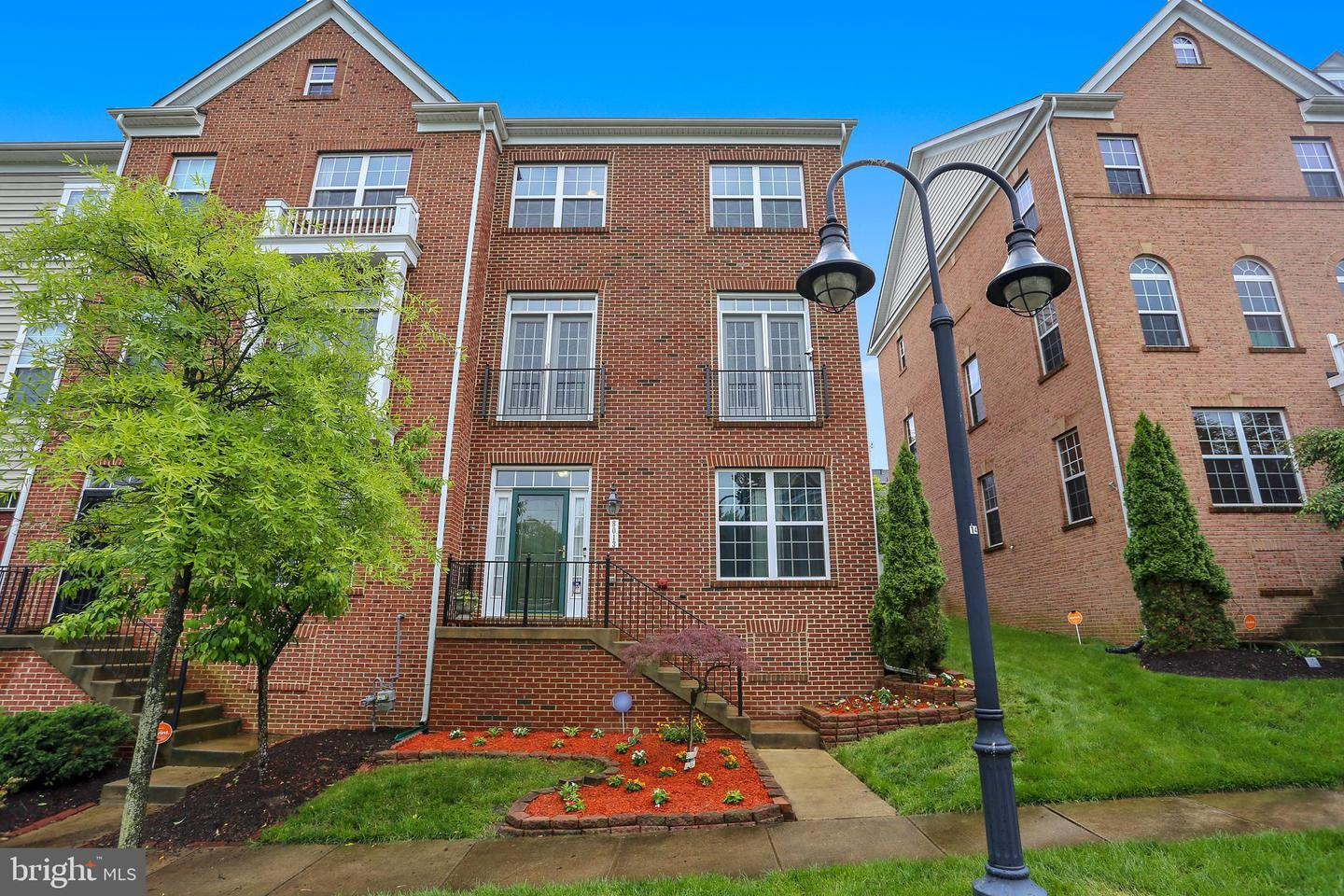8013 SPORT VIEW ROAD, LANDOVER, Maryland