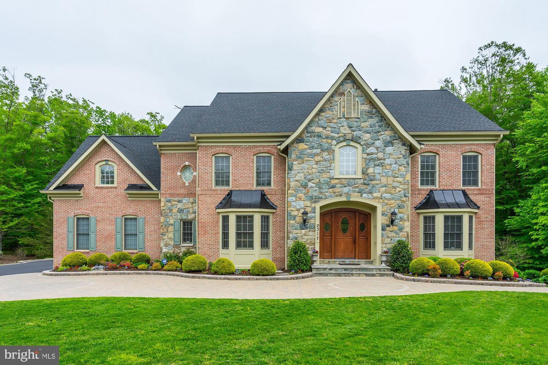 Single Family Homes per Vendita alle ore Edgewater, Maryland 21037 Stati Uniti